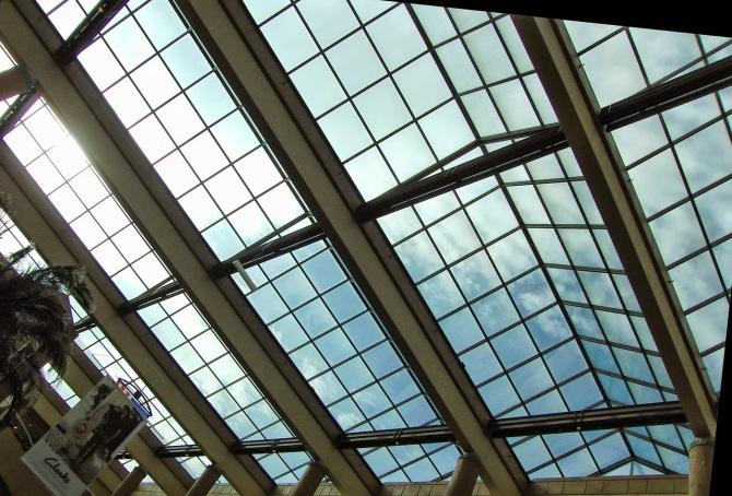 skylight-123257_1280