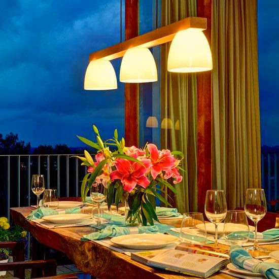 Tisva changes hime lighting with dimmers